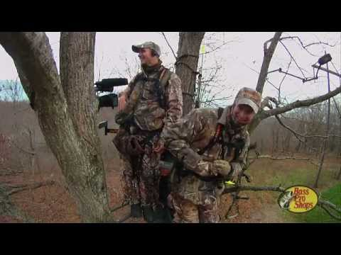 Bow Hunting Challenges! Bobcat with a Bow