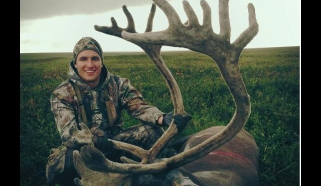 Alaskan Caribou Hunt – Stuck N the Rut 29