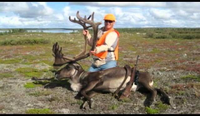 Hunting caribou in Manitoba Canada 2011 Bulloch Lake – P3