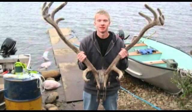 Hunting caribou in Manitoba Canada 2011 Bulloch Lake – P6