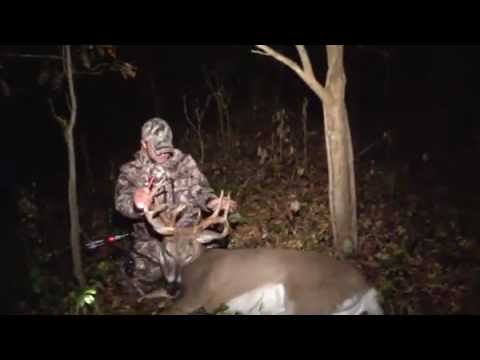 Bowhunt or Die S2:E14 – Bowhunting Whitetails in Illinois | 2 Bucks Down!