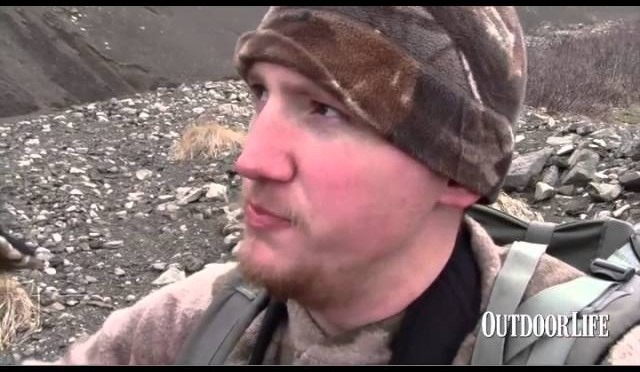 Live Hunt Alaska: Stalking the Blond Bear