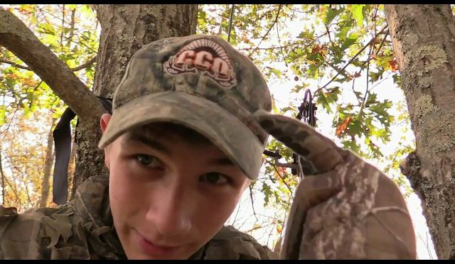 a992c40149aec Hunting How To: Deer Hunt in Hot Weather! - HuntingVideosHub.com