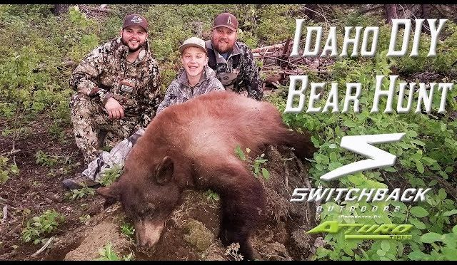 Idaho Bear Hunt – First Bear (AMAZING SHOT)