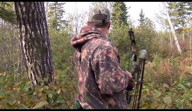 cara orang bule berburu rusa raksasa -moose hunt